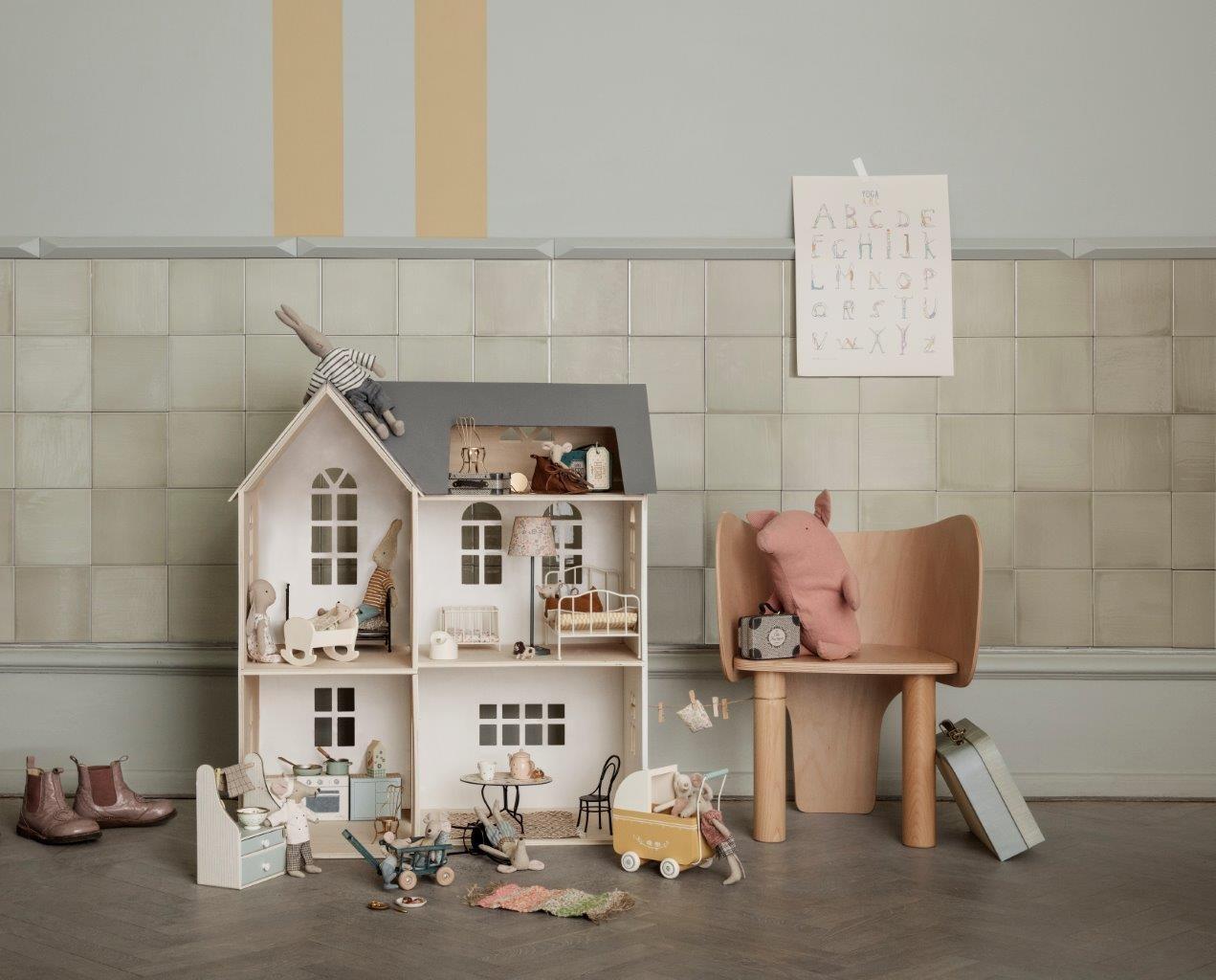 maileg doll house