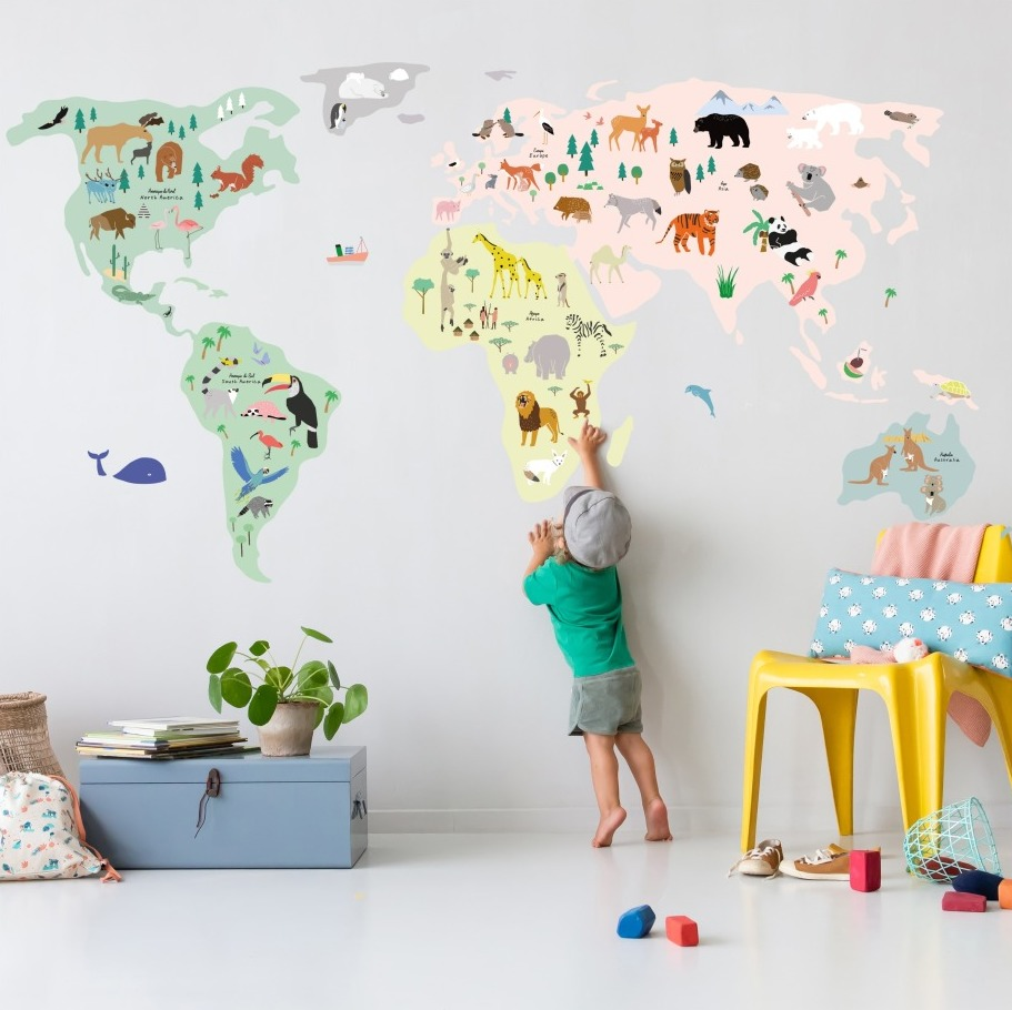 world-animals-map-wall-stickers