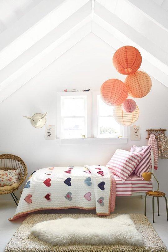 romantic kids room