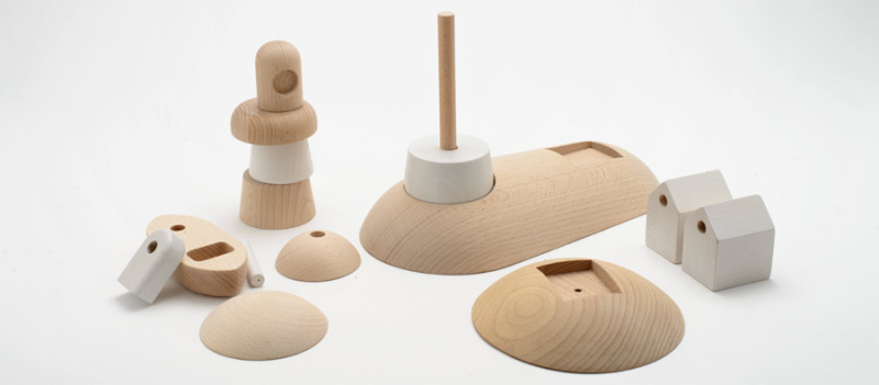 ARCHIPELAGO wooden toy set by permafrost