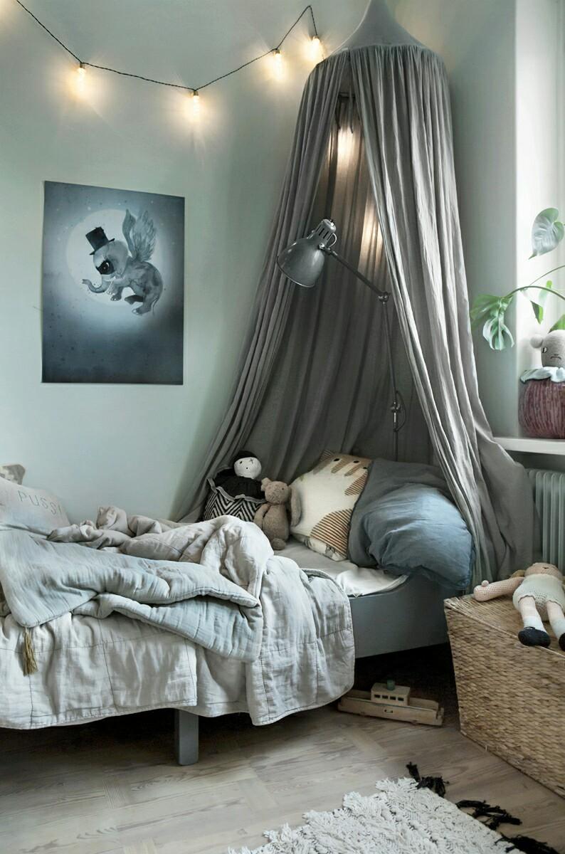 canopies-bedroom