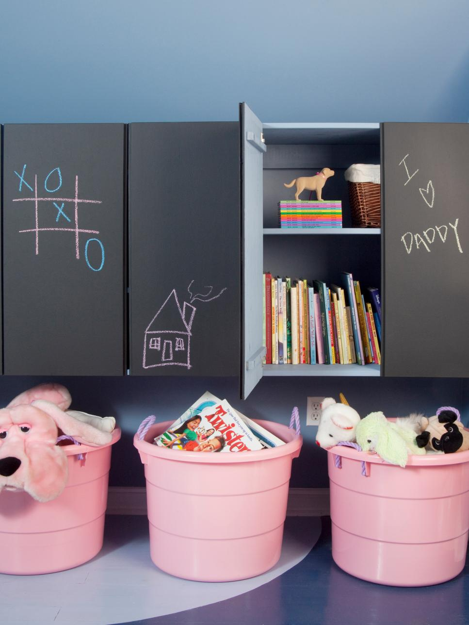 chalkboard wall kids room