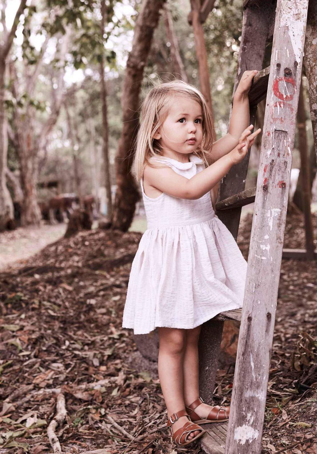 Daughter - timeless children clothing for girls around the globe