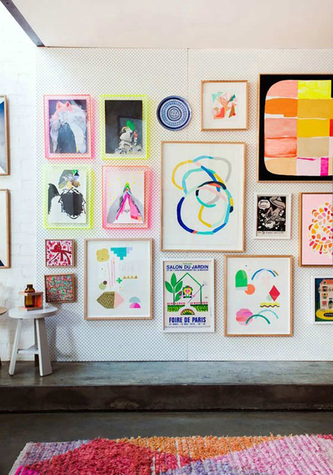 How to do a wall gallery with your children\'s\' art! - Paul & Paula