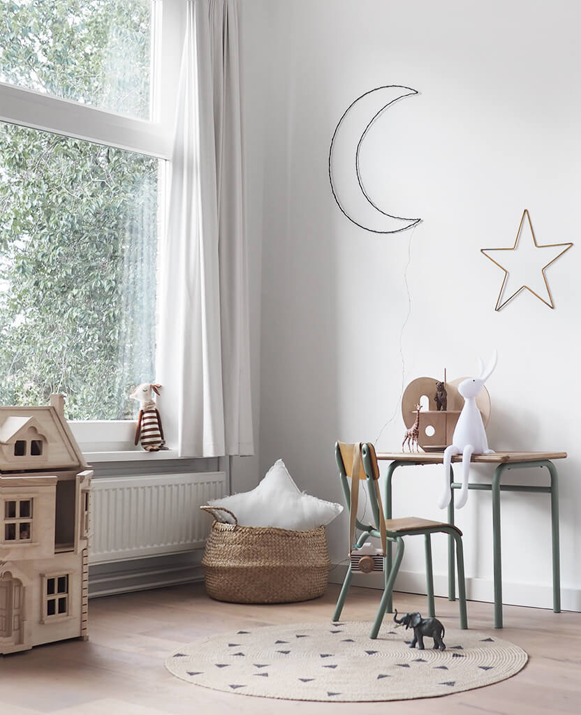 simple childrens room