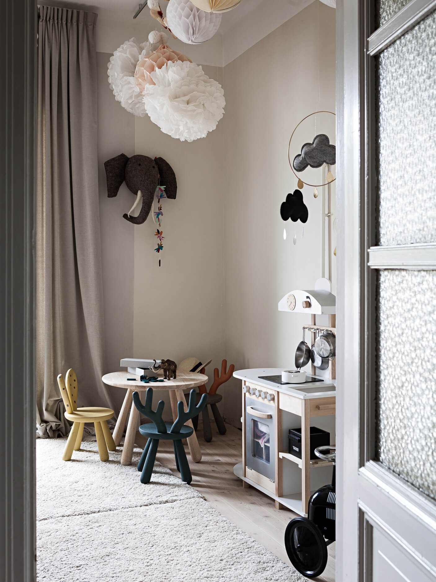 PAUL & PAULA: a delightful family home in Sweden