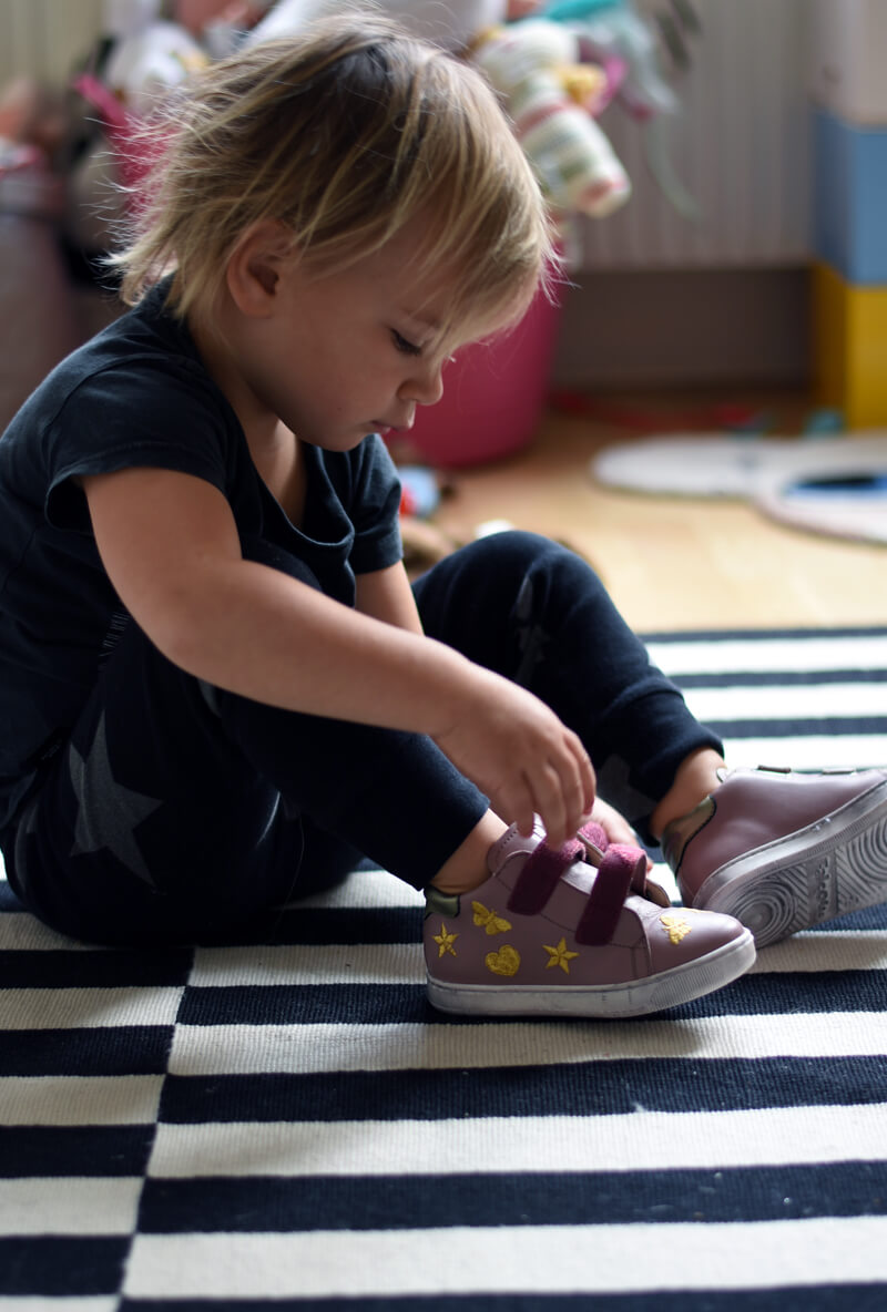 falcotto autumn shoes for young children  Why Joséphine loves her new autumn shoes! falcotto5