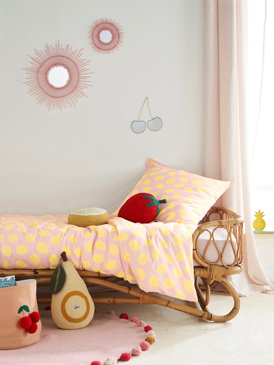 rattan bed children
