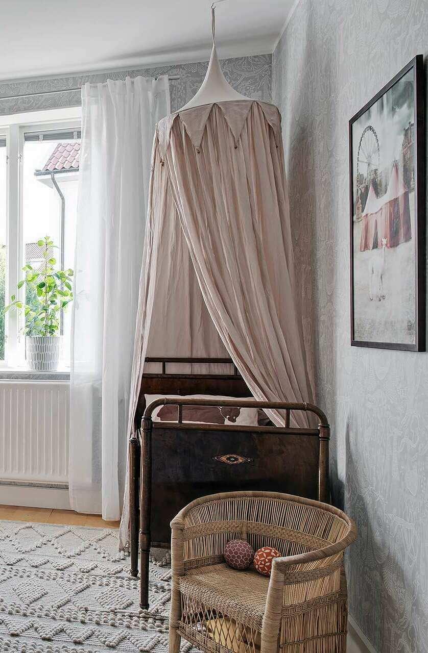 Vintage children's rooms