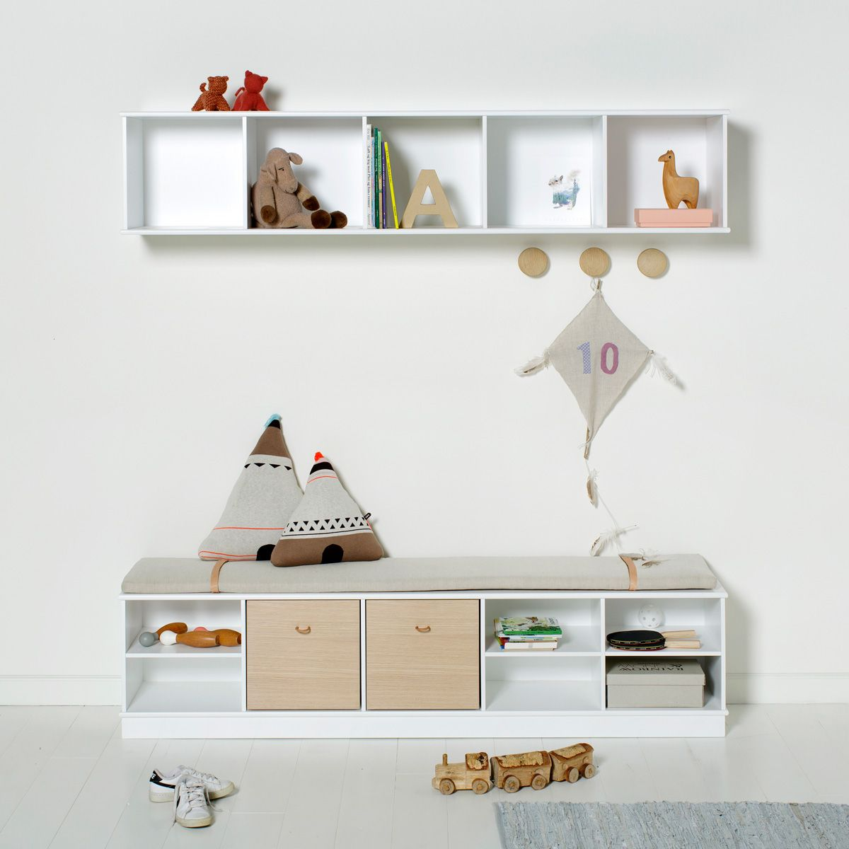 oliver furniture kids_shelving