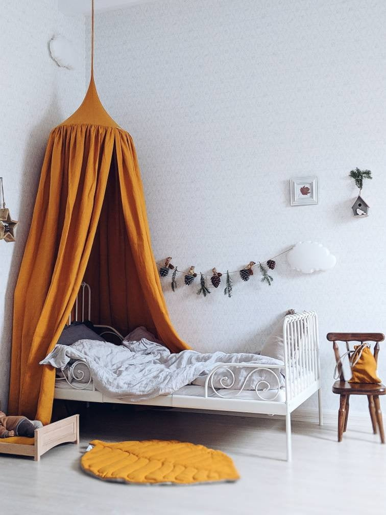 linen canopy kids room