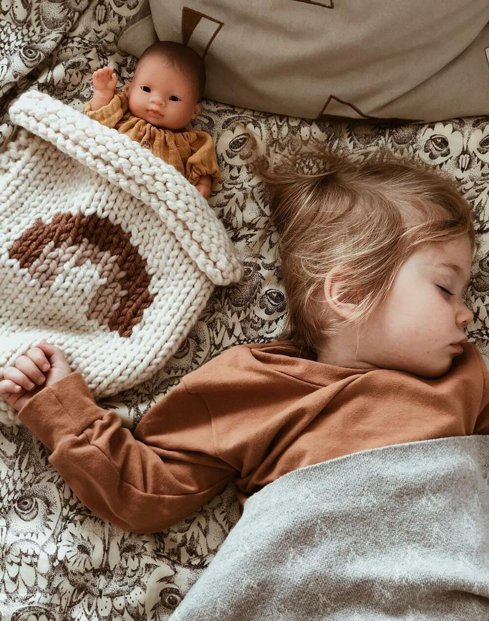 knitted doll blanket