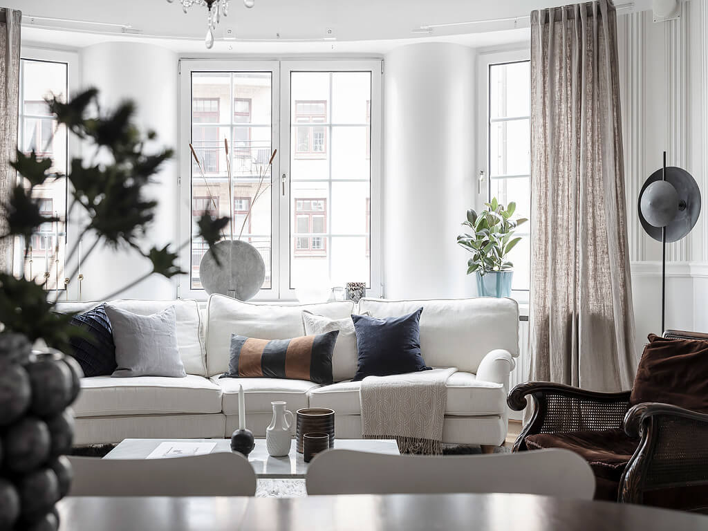 scnadinavian living room