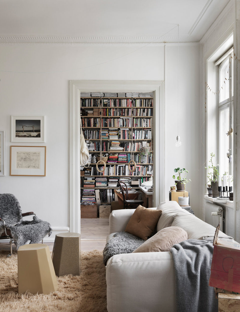 Soft+Neutral+Tones+in+Nina+Persson's+Malmö+Home
