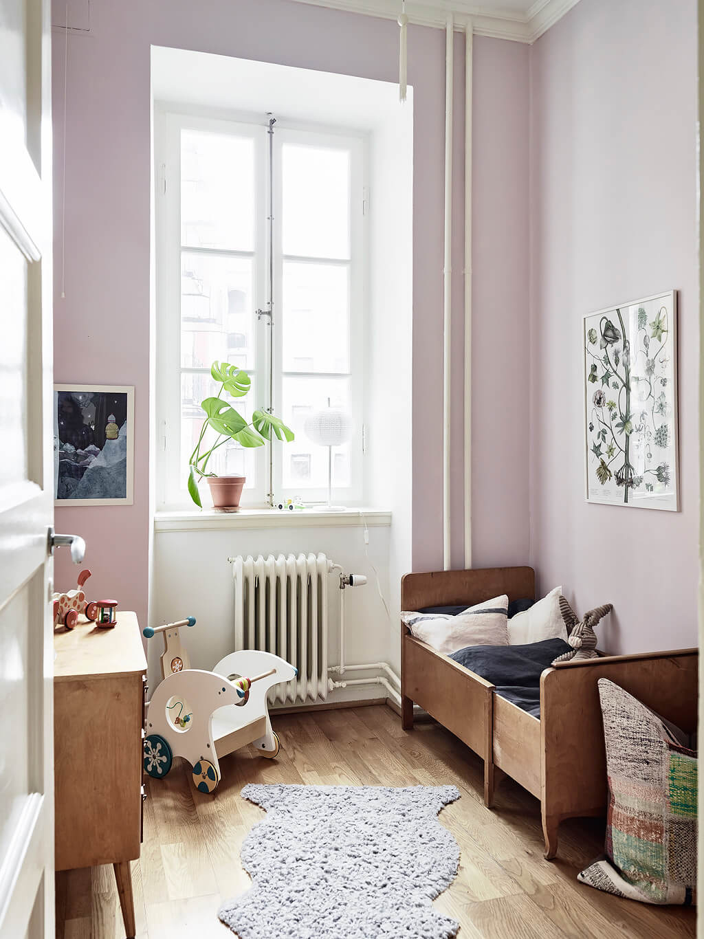 vintage children room