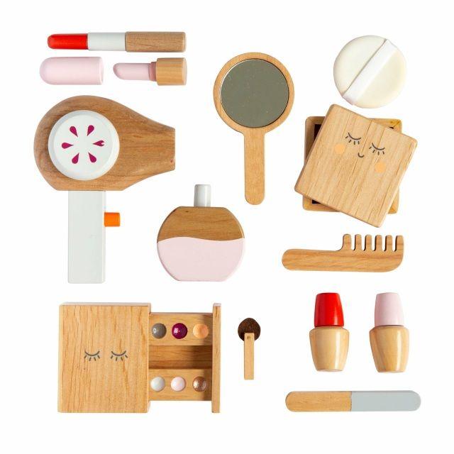 Toy Beauty_makeup-bag-pretend-play
