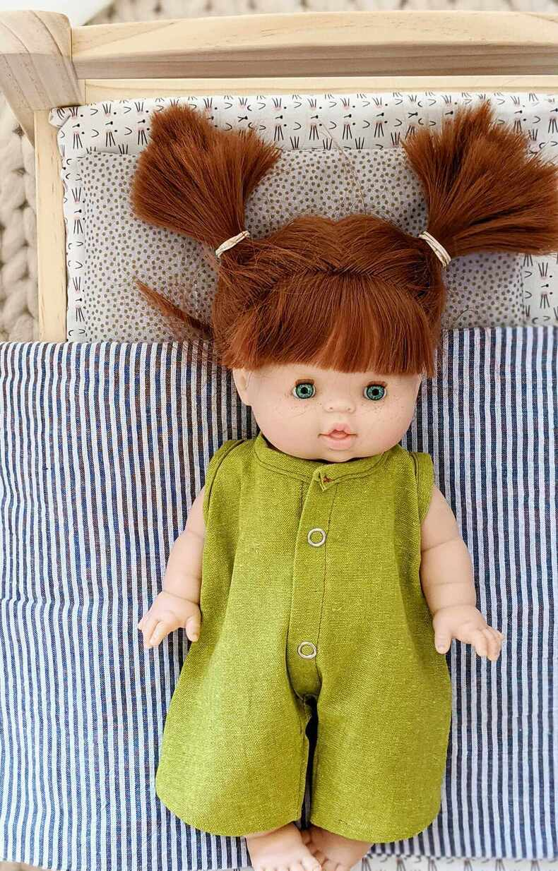 Adorable dolls clothes that are modern and chic