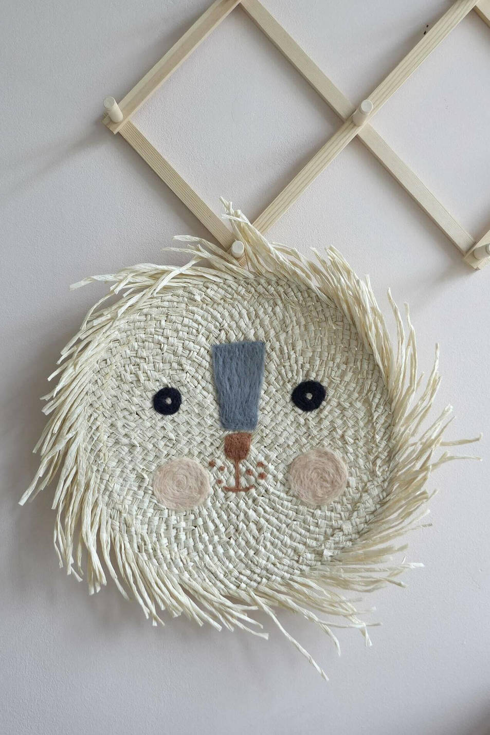 lion head kids room decor